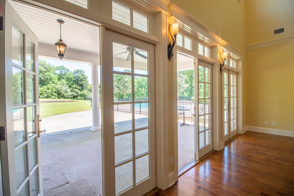 902 South  Street, Lindale, Texas 75771 - acquisto real estate best style realtor kim miller best real estate reviews dfw