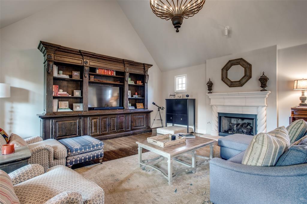 5746 Llano  Avenue, Dallas, Texas 75206 - acquisto real estate best style realtor kim miller best real estate reviews dfw