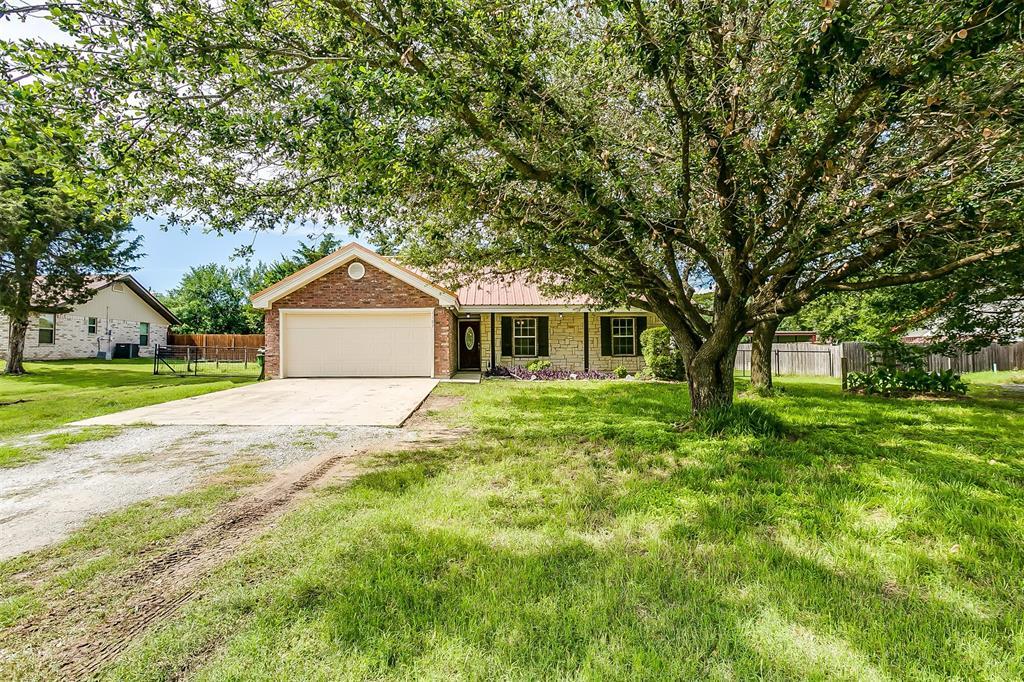 1107 6th  Street, Springtown, Texas 76082 - acquisto real estate mvp award real estate logan lawrence