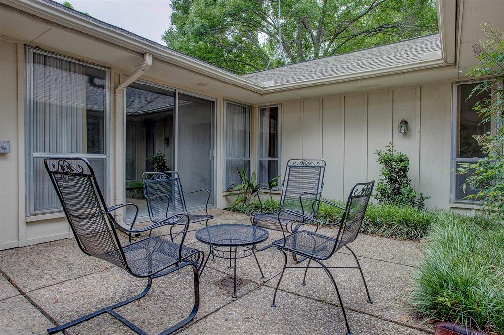 1513 Northcrest  Court, Fort Worth, Texas 76107 - acquisto real estate agent of the year mike shepherd