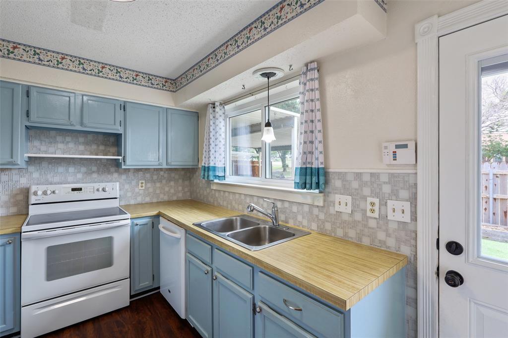 25 Mountain Creek  Court, Grand Prairie, Texas 75052 - Acquisto Real Estate best mckinney realtor hannah ewing stonebridge ranch expert