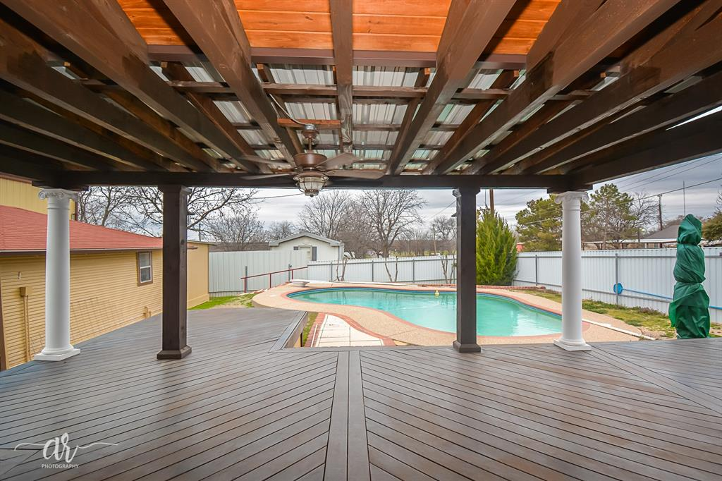 1301 Mulberry  Eastland, Texas 76448 - acquisto real estate best prosper realtor susan cancemi windfarms realtor