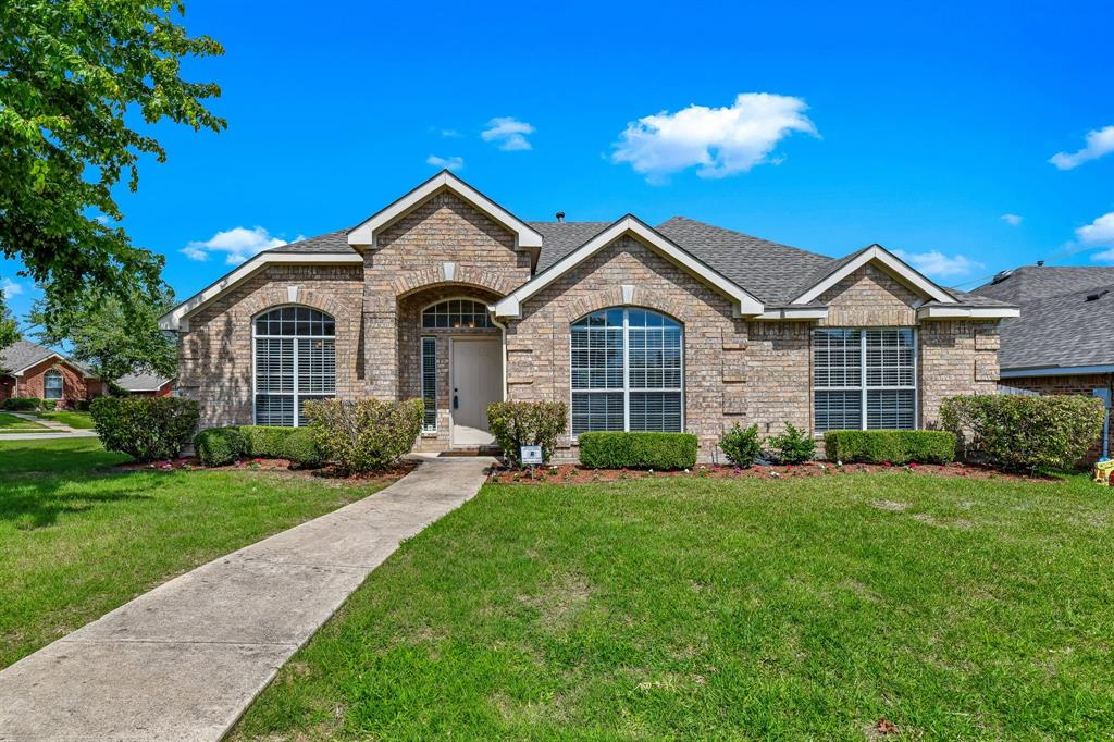 2824 Simmons  Drive, Sachse, Texas 75048 - Acquisto Real Estate best plano realtor mike Shepherd home owners association expert