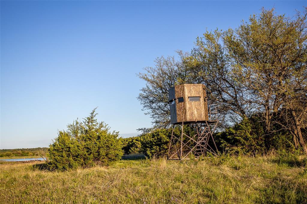 5730 County Road 225  Cranfills Gap, Texas 76637 - acquisto real estate mvp award real estate logan lawrence