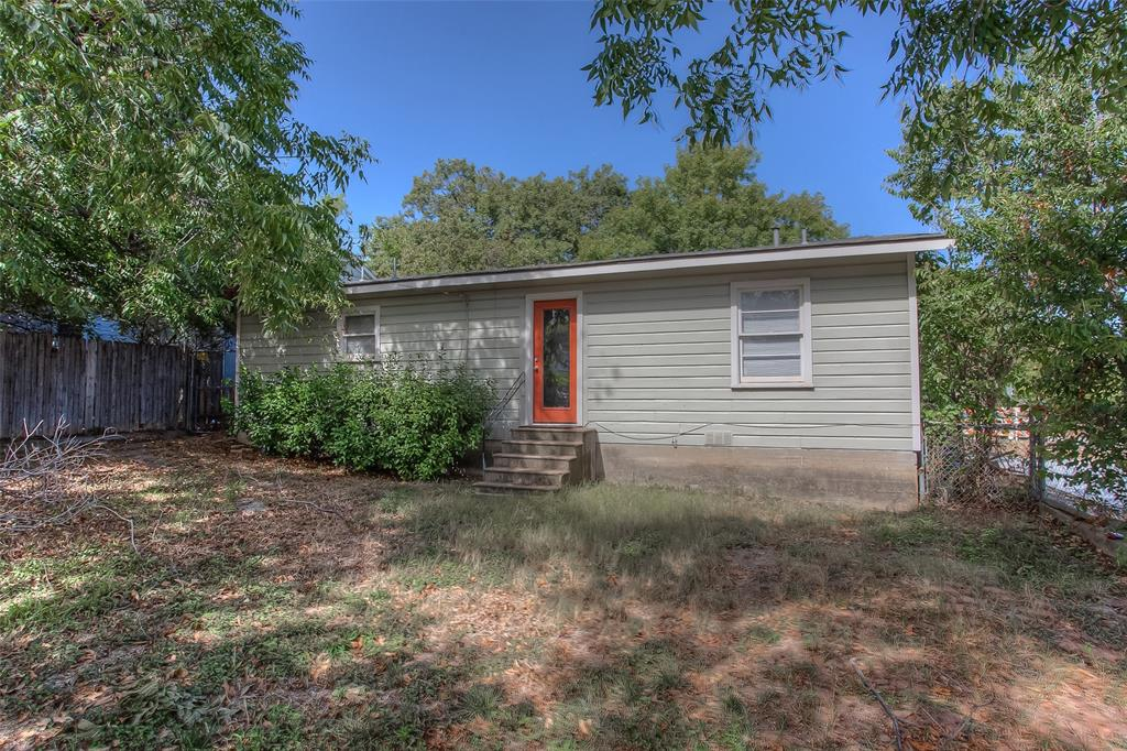 3613 Washburn  Avenue, Fort Worth, Texas 76107 - acquisto real estate best realtor foreclosure real estate mike shepeherd walnut grove realtor