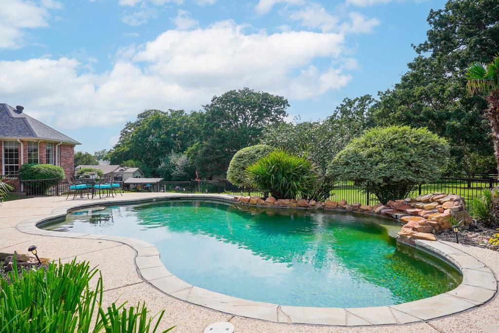 100 Maple Leaf  Double Oak, Texas 75077 - acquisto real estate best relocation company in america katy mcgillen
