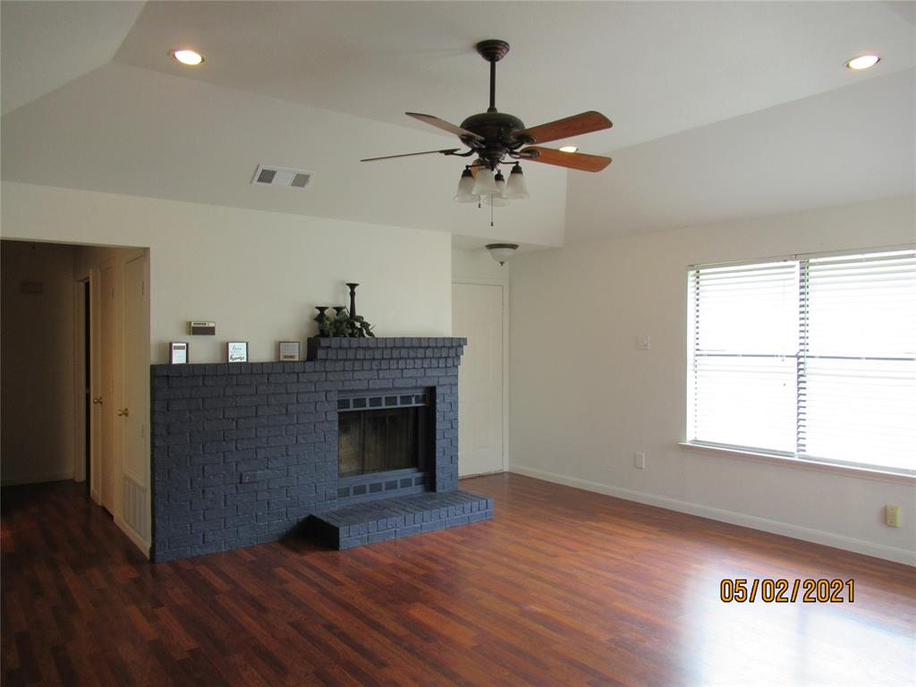 917 Old Barn  Lane, Mesquite, Texas 75149 - acquisto real estate best allen realtor kim miller hunters creek expert