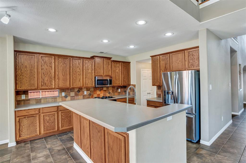 1601 Bryce Canyon  Lane, Allen, Texas 75002 - acquisto real estate best realtor westlake susan cancemi kind realtor of the year