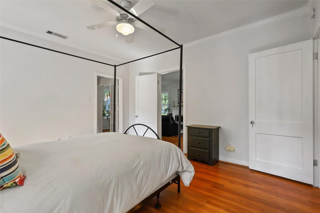 5935 Vanderbilt  Avenue, Dallas, Texas 75206 - acquisto real estate best real estate company in frisco texas real estate showings