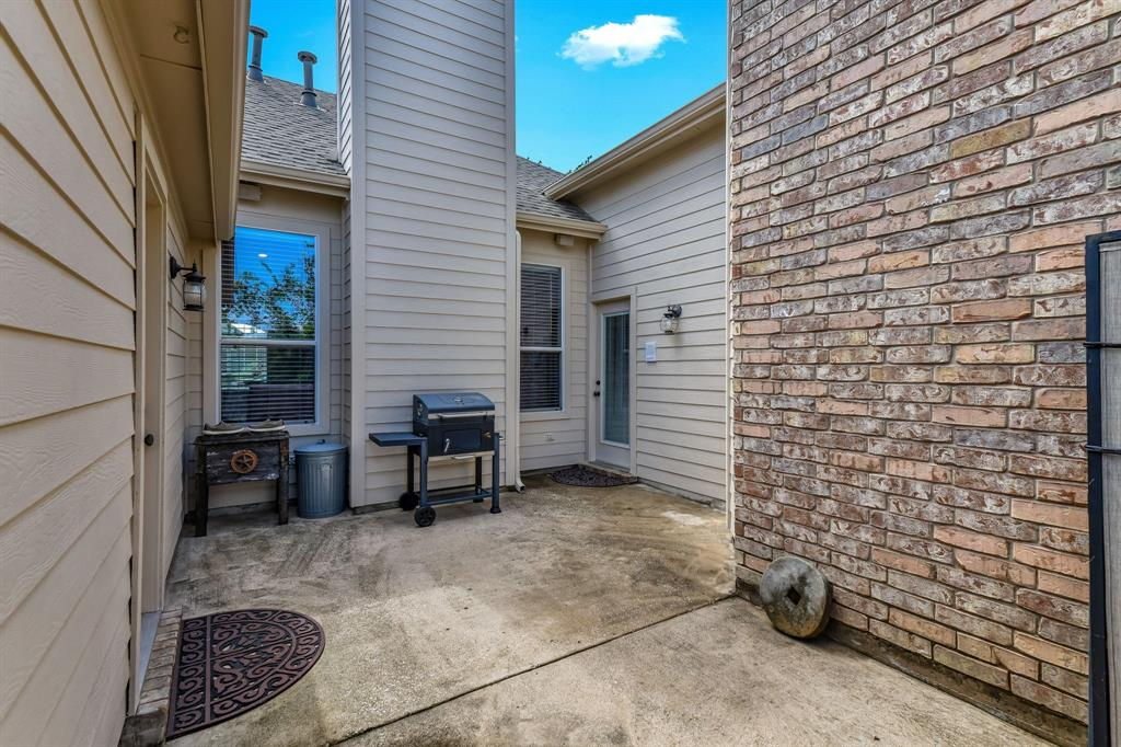 2824 Simmons  Drive, Sachse, Texas 75048 - acquisto real estate best frisco real estate agent amy gasperini panther creek realtor