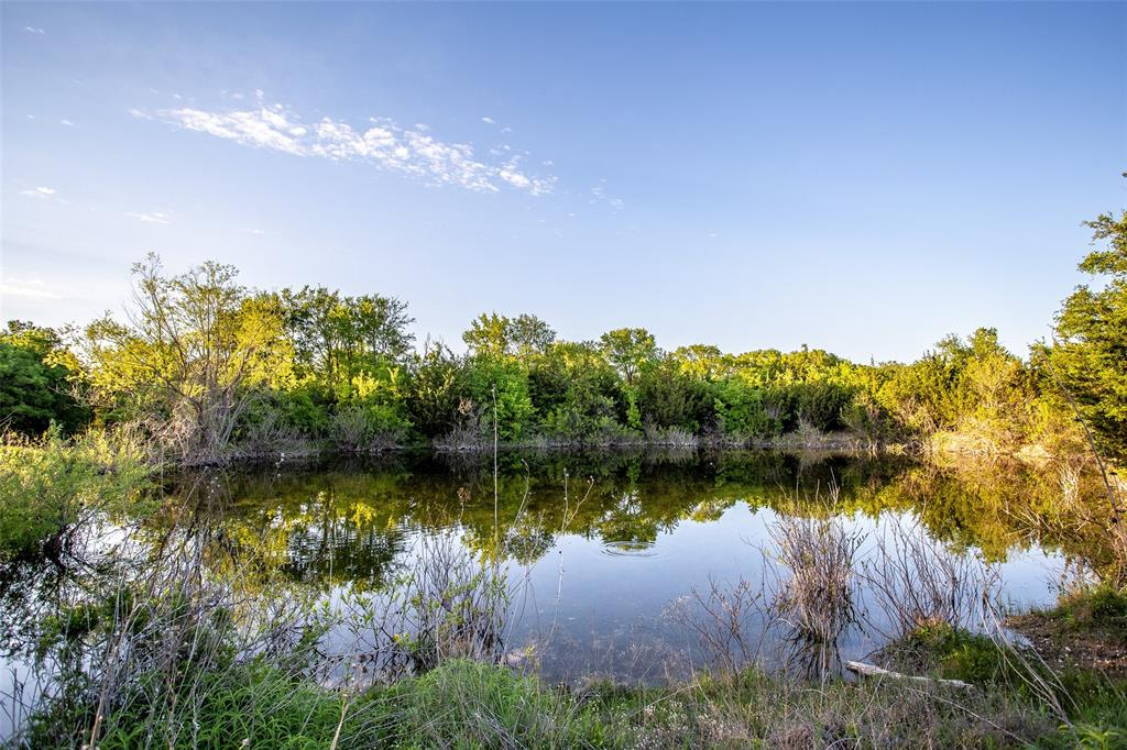 5730 County Road 225  Cranfills Gap, Texas 76637 - acquisto real estate agent of the year mike shepherd