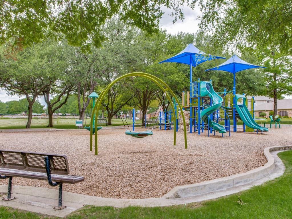 2412 Primrose  Drive, Richardson, Texas 75082 - acquisto real estate best realtor dfw jody daley liberty high school realtor