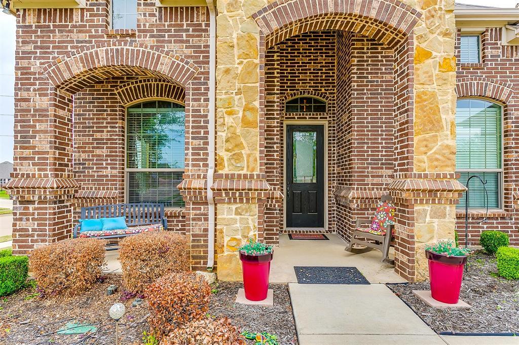 1172 Sapphire  Lane, Burleson, Texas 76058 - acquisto real estate best real estate idx dilusso marketing mike acquisto