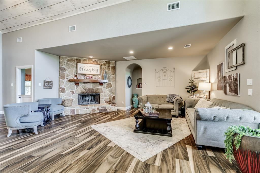 2718 Cabaniss  Lane, Weatherford, Texas 76088 - acquisto real estate best celina realtor logan lawrence best dressed realtor