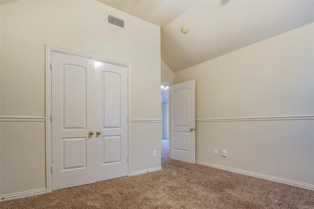 2204 Mesa Oak  Trail, Plano, Texas 75025 - acquisto real estate mvp award real estate logan lawrence