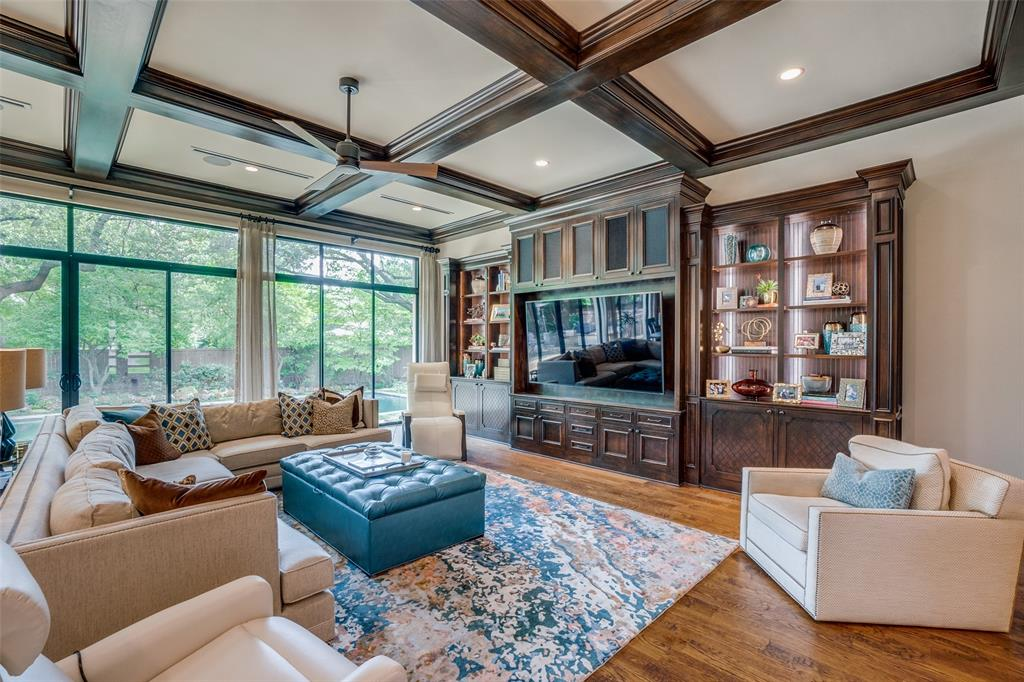 11232 Russwood  Circle, Dallas, Texas 75229 - acquisto real estate best frisco real estate agent amy gasperini panther creek realtor
