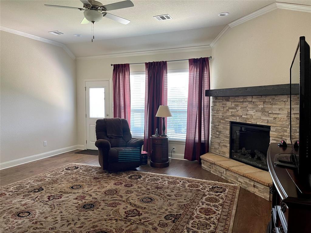 1573 Oasis  Street, Waxahachie, Texas 75165 - acquisto real estate best prosper realtor susan cancemi windfarms realtor