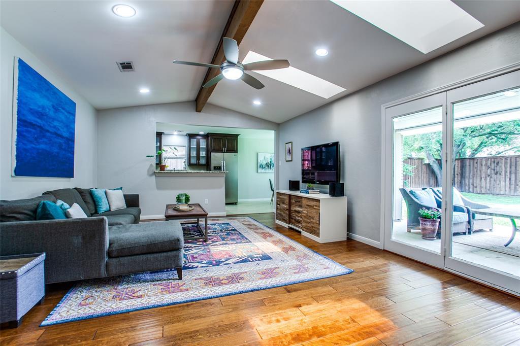 315 Woodcrest  Drive, Richardson, Texas 75080 - acquisto real estate best the colony realtor linda miller the bridges real estate