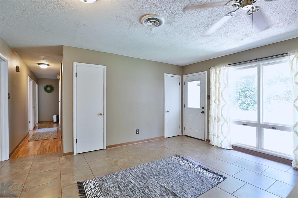 1402 Glenhaven  Drive, Abilene, Texas 79603 - acquisto real estate best designer and realtor hannah ewing kind realtor