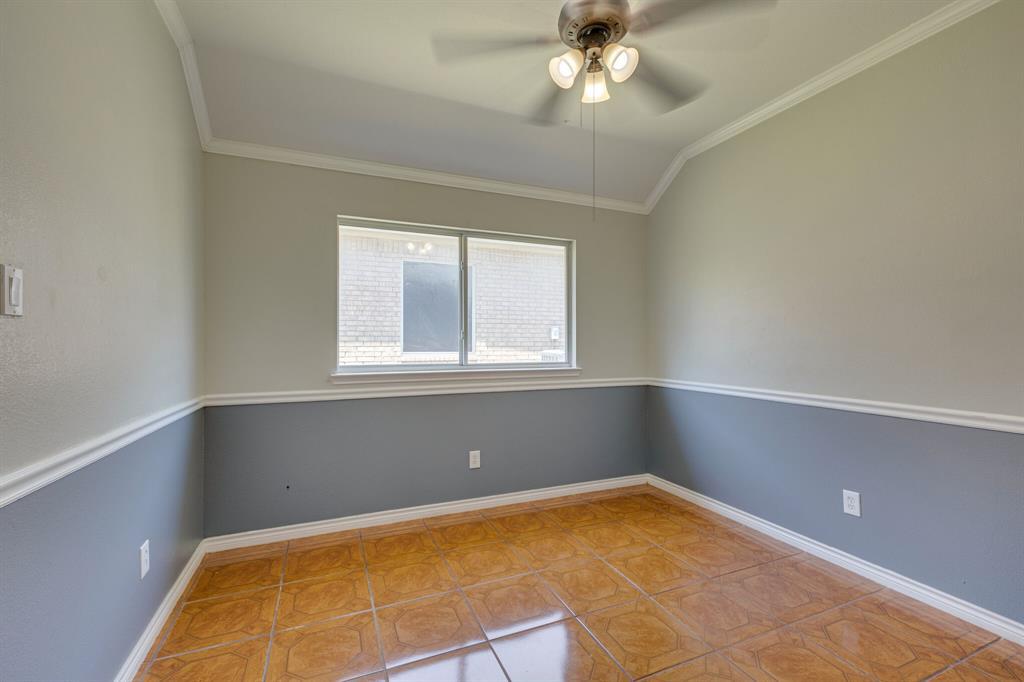 401 Watertown  Lane, Arlington, Texas 76002 - acquisto real estate best frisco real estate agent amy gasperini panther creek realtor