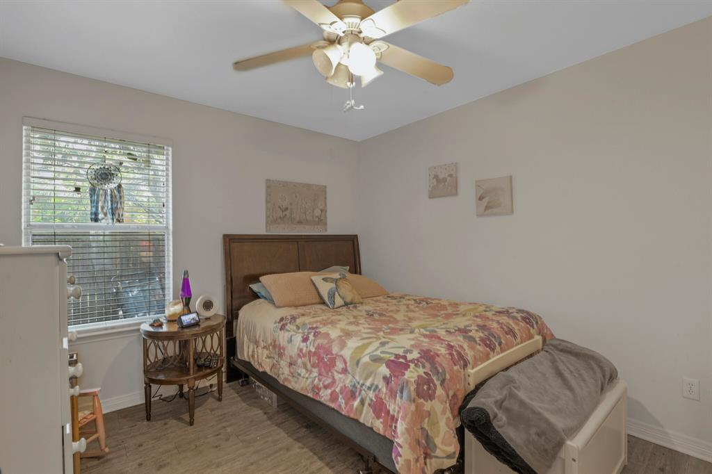 801 Bluffview  Drive, McKinney, Texas 75071 - acquisto real estate best new home sales realtor linda miller executor real estate
