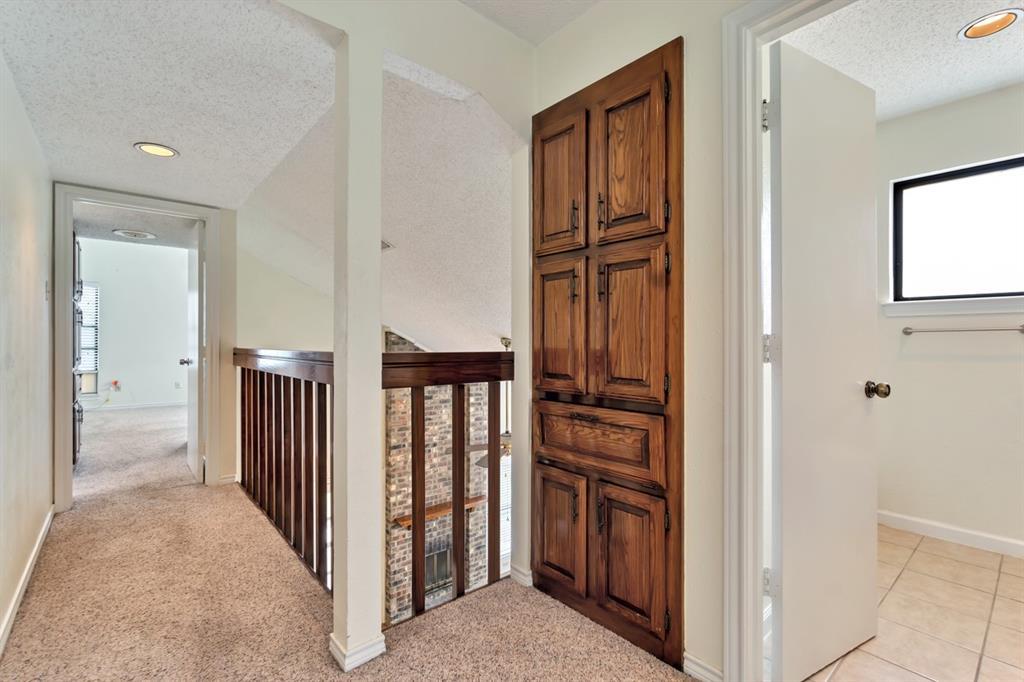 2113 Avignon  Drive, Carrollton, Texas 75007 - acquisto real estate best new home sales realtor linda miller executor real estate