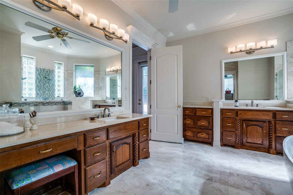 512 Holly  Court, Keller, Texas 76248 - acquisto real estate best photos for luxury listings amy gasperini quick sale real estate