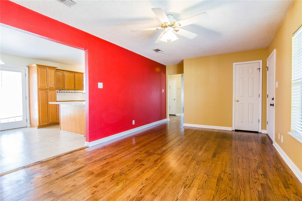 928 Dora  Street, Bedford, Texas 76022 - acquisto real estate best prosper realtor susan cancemi windfarms realtor