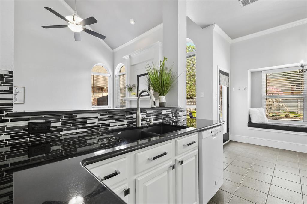 2353 Leafy Glen  Court, Bedford, Texas 76022 - acquisto real estate best celina realtor logan lawrence best dressed realtor