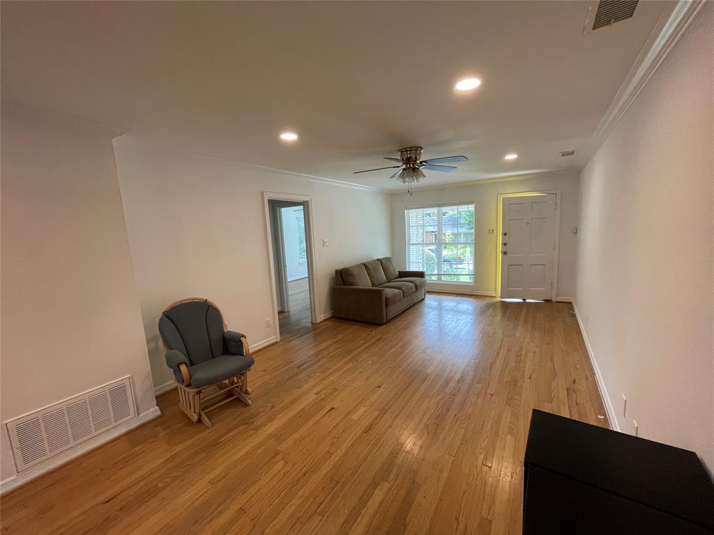 6423 Vanderbilt  Avenue, Dallas, Texas 75214 - acquisto real estate best prosper realtor susan cancemi windfarms realtor