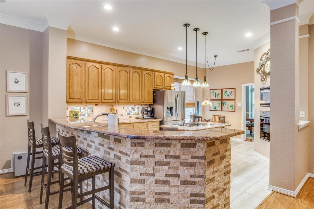 1732 Glenlivet  Drive, Dallas, Texas 75218 - acquisto real estate best style realtor kim miller best real estate reviews dfw