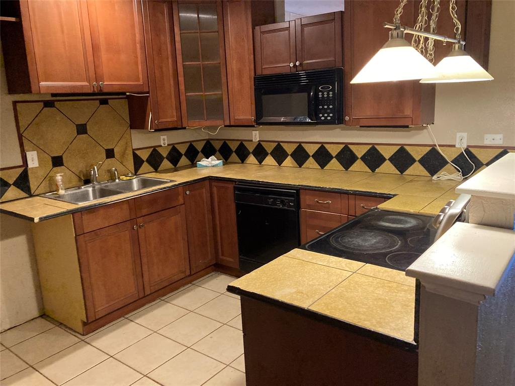 5513 Maple  Court, Rowlett, Texas 75089 - acquisto real estate best the colony realtor linda miller the bridges real estate