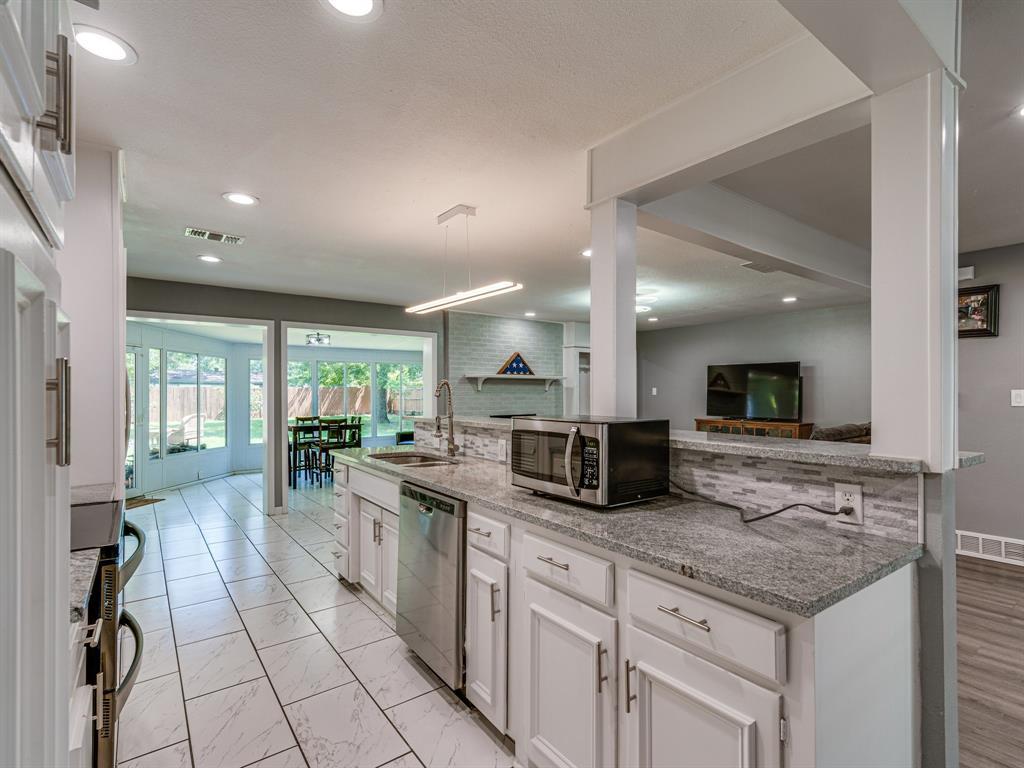 1719 Nueces  Trail, Arlington, Texas 76012 - acquisto real estate best style realtor kim miller best real estate reviews dfw