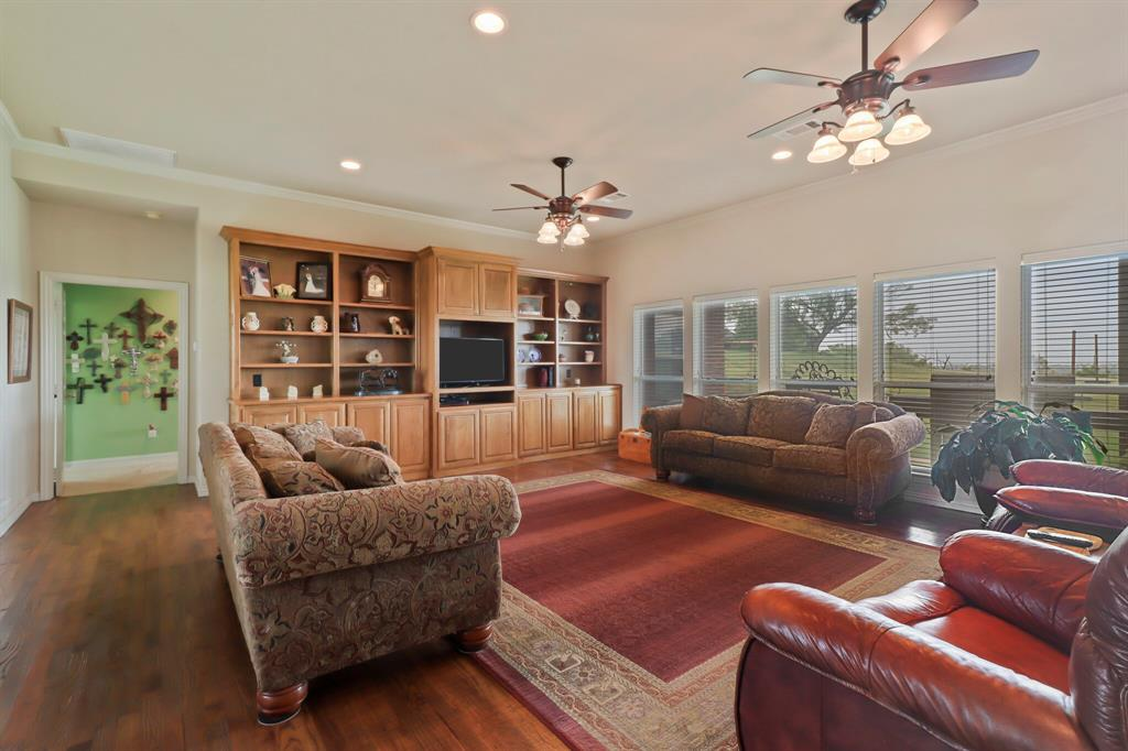 4760 Bonnie Brae  Street, Denton, Texas 76207 - acquisto real estate best celina realtor logan lawrence best dressed realtor