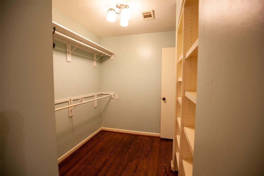 8176 Barbaree  Boulevard, Dallas, Texas 75228 - acquisto real estate best realtor foreclosure real estate mike shepeherd walnut grove realtor