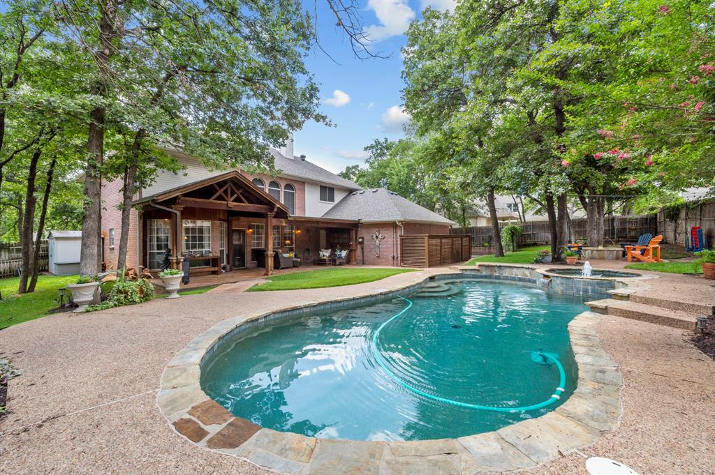8324 Thorncrest  Court, North Richland Hills, Texas 76182 - acquisto real estate nicest realtor in america shana acquisto