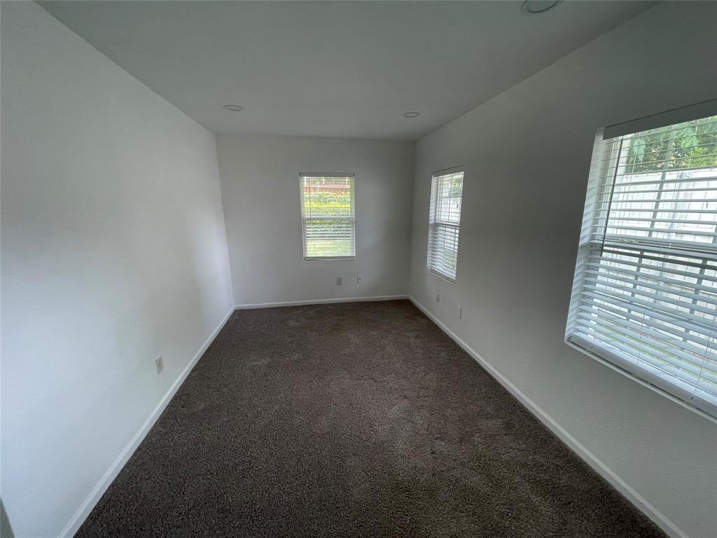 6423 Vanderbilt  Avenue, Dallas, Texas 75214 - acquisto real estate best new home sales realtor linda miller executor real estate