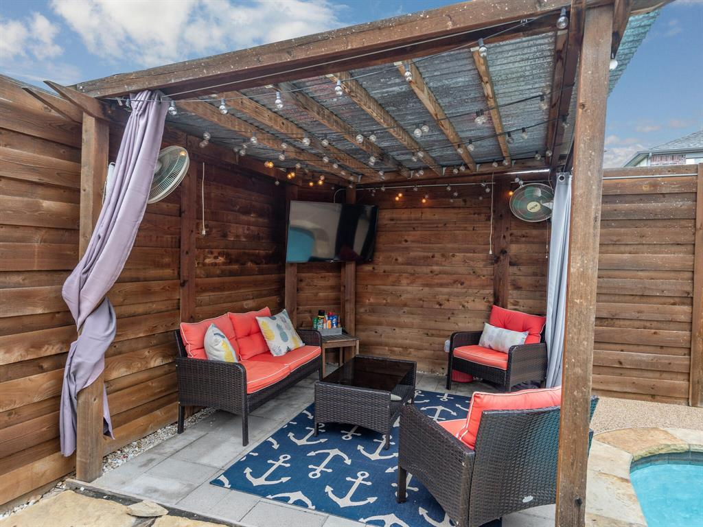 1854 Crosshaven  Drive, Lewisville, Texas 75077 - acquisto real estate best park cities realtor kim miller best staging agent