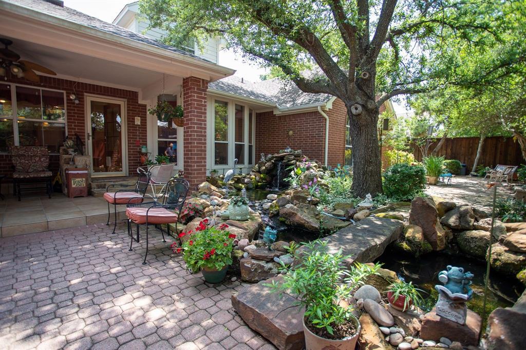 8817 Trails Edge  Drive, North Richland Hills, Texas 76182 - acquisto real estate best negotiating realtor linda miller declutter realtor