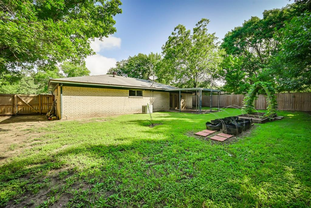 3709 Northpark  Drive, Corsicana, Texas 75110 - acquisto real estate agent of the year mike shepherd