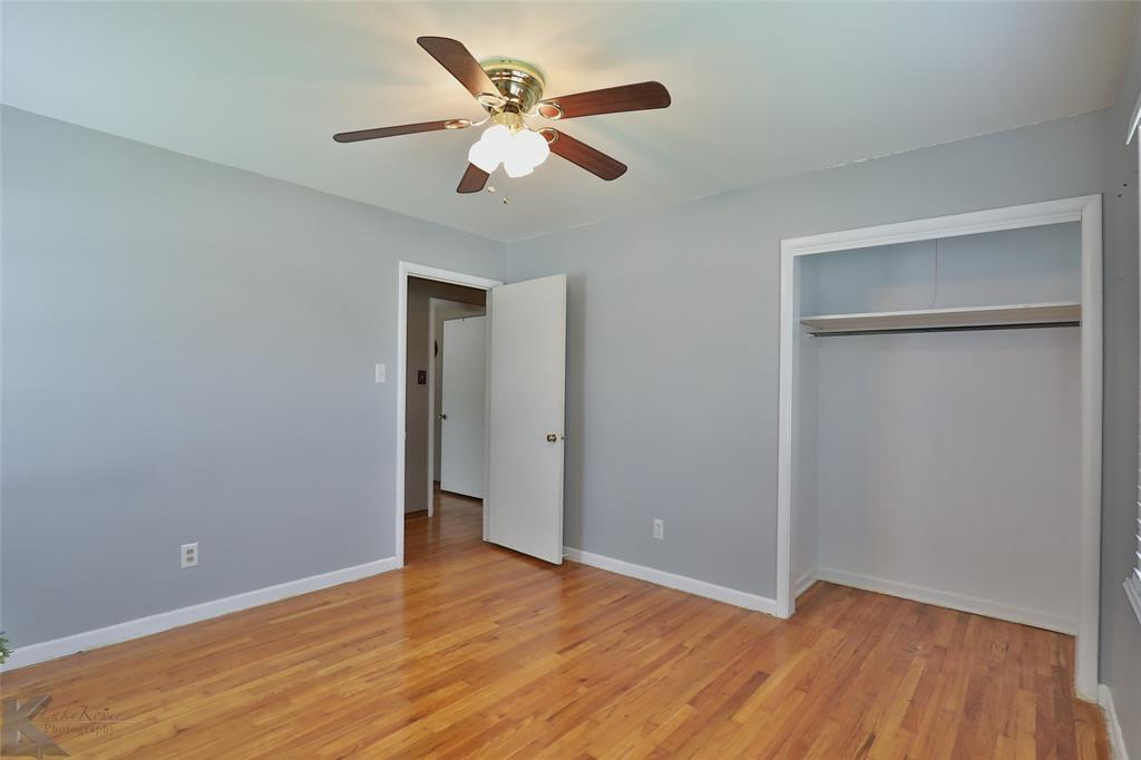 1402 Glenhaven  Drive, Abilene, Texas 79603 - acquisto real estate best plano real estate agent mike shepherd