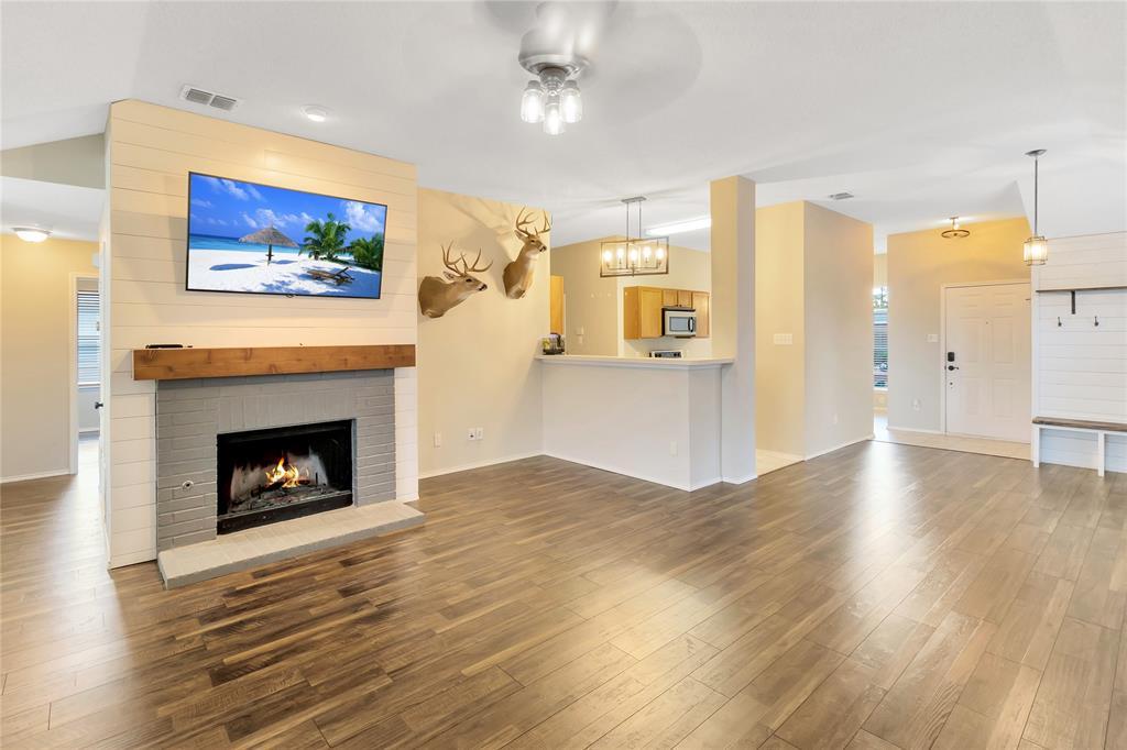 105 Wandering  Drive, Forney, Texas 75126 - acquisto real estate best prosper realtor susan cancemi windfarms realtor