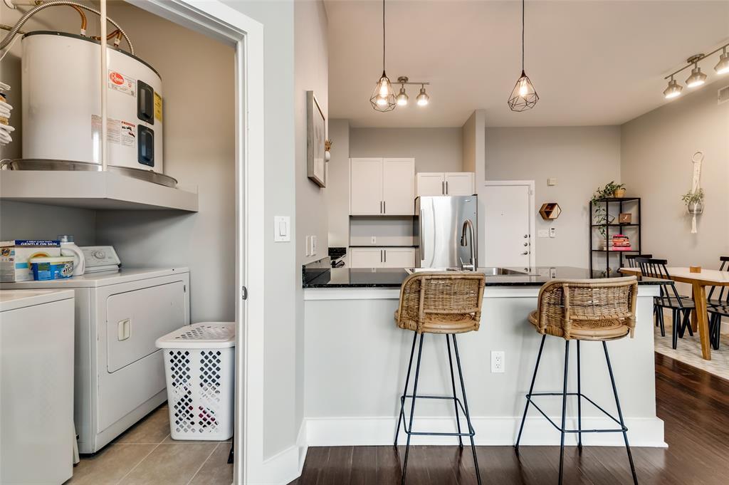 4414 Cedar Springs  Road, Dallas, Texas 75219 - acquisto real estate best luxury buyers agent in texas shana acquisto inheritance realtor