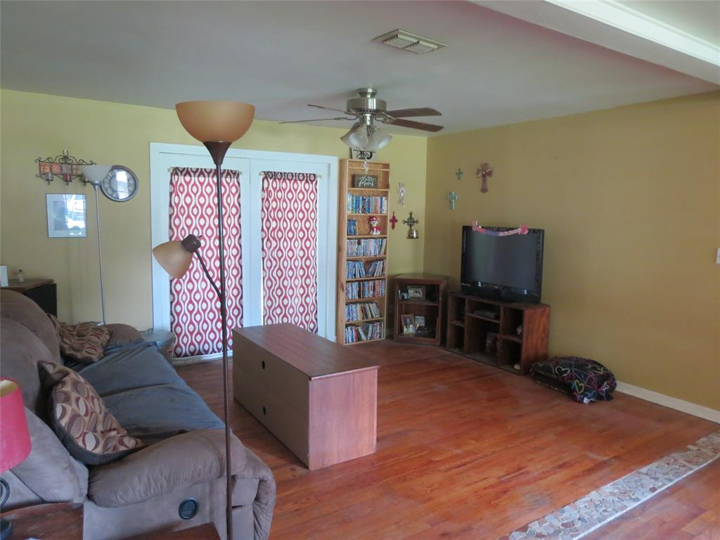 298 Pecan  Street, Van, Texas 75790 - acquisto real estate best allen realtor kim miller hunters creek expert