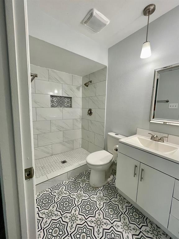 4821 Hamilton  Court, The Colony, Texas 75056 - acquisto real estate best designer and realtor hannah ewing kind realtor