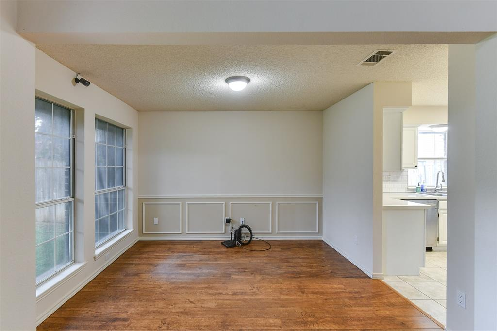 2107 Havenwood  Drive, Arlington, Texas 76018 - acquisto real estate best real estate company in frisco texas real estate showings