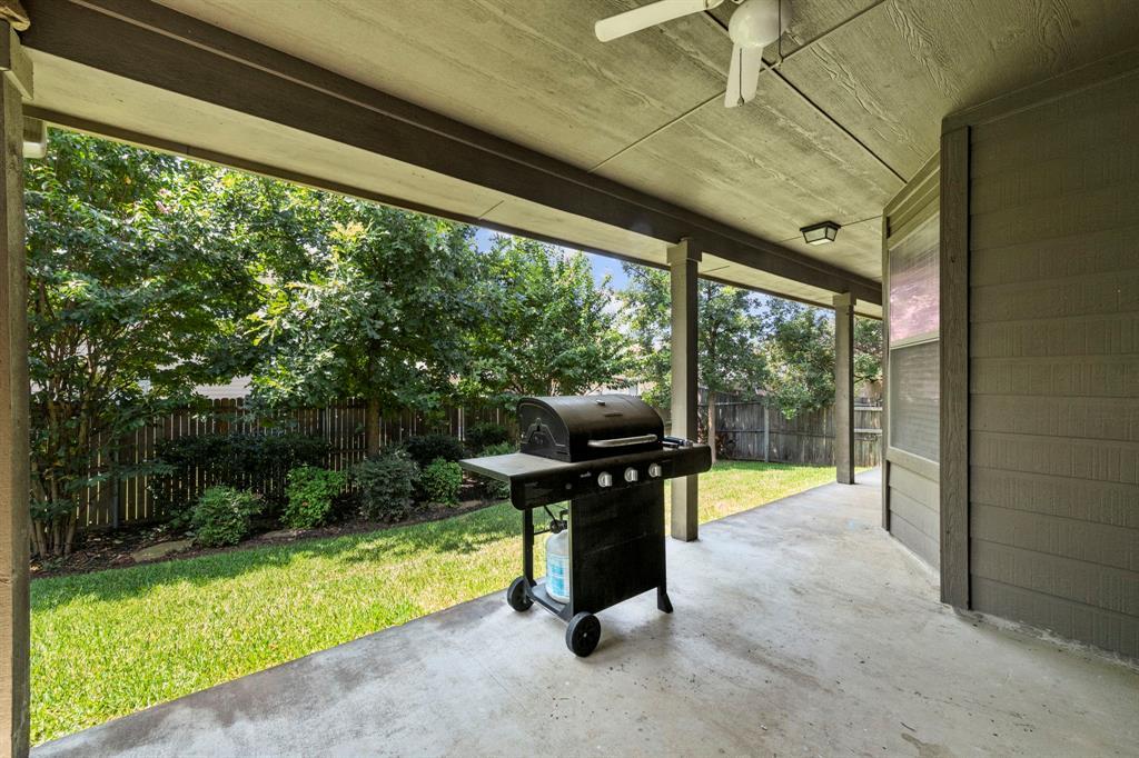 405 Bryn Mawr  Lane, Van Alstyne, Texas 75495 - acquisto real estate best park cities realtor kim miller best staging agent