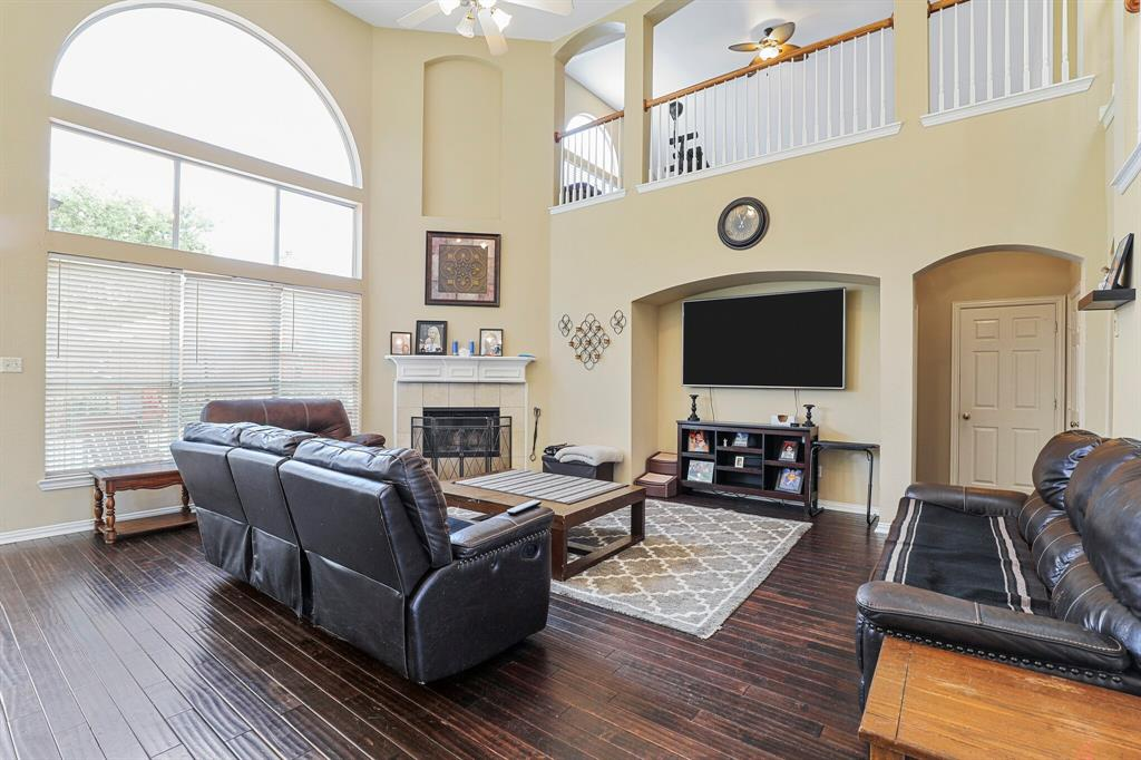 4204 Debbie  Drive, Grand Prairie, Texas 75052 - acquisto real estate best highland park realtor amy gasperini fast real estate service