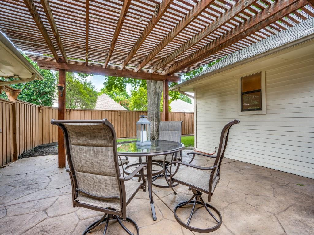 1505 Thames  Drive, Plano, Texas 75075 - acquisto real estate best realtor foreclosure real estate mike shepeherd walnut grove realtor