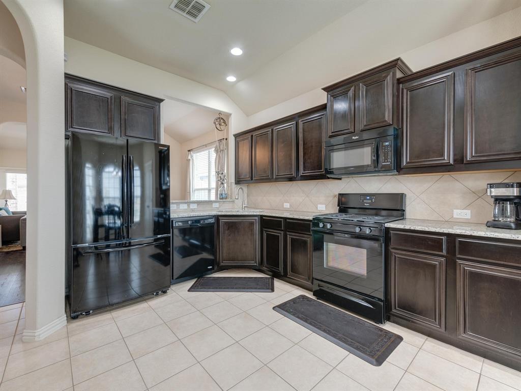 929 Viburnum  Drive, Fort Worth, Texas 76131 - acquisto real estate best celina realtor logan lawrence best dressed realtor